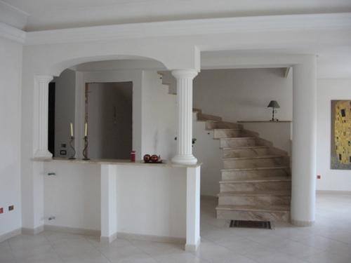 Impresa edile la porta costruzioni stile nell for Idee archi interni